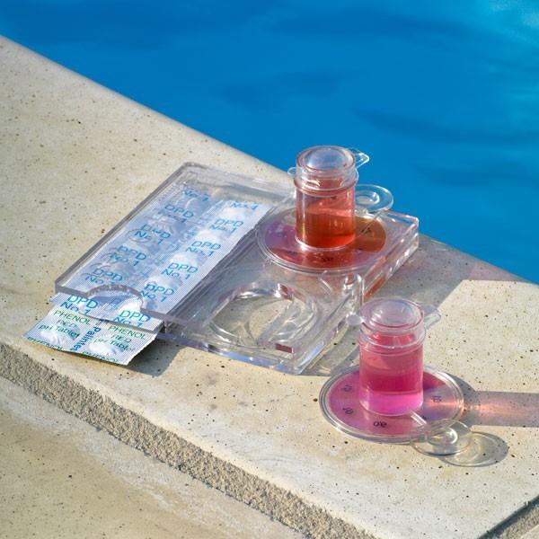 Testeur ph et chlore h2o test la boutique desjoyaux for Accessoires piscine 04