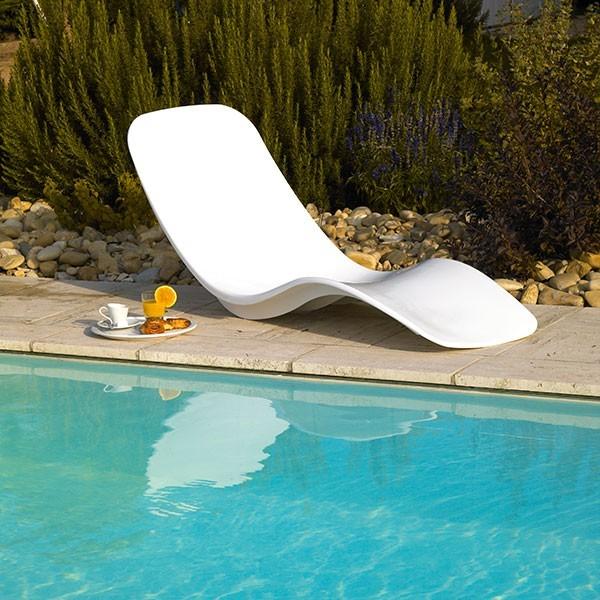 transat piscine mobilier sur enperdresonlapin