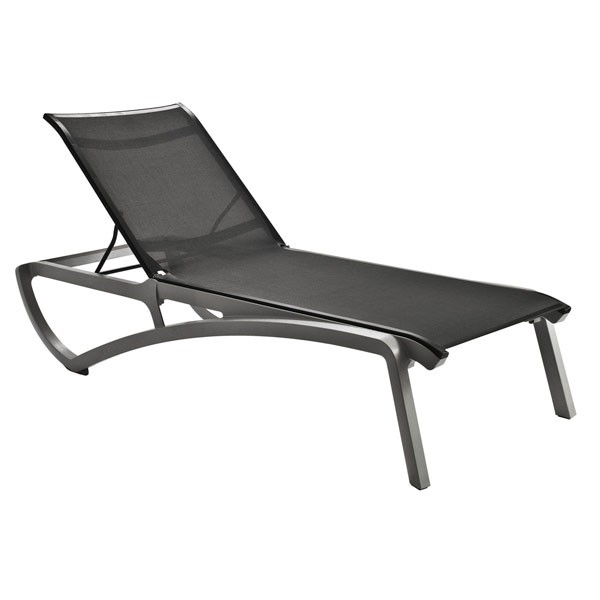 Chaise longue piscine for Chaise longue design piscine